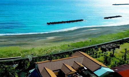 WAGU BEACH HOUSE Japonica